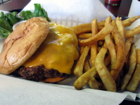 In the Buns Cheeseburger &amp; Fresh Cut Fries